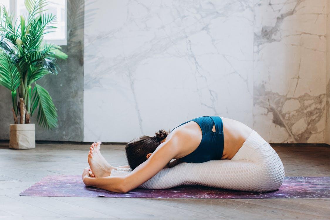 Jak utrzymać dobrą formę bez siłowni?